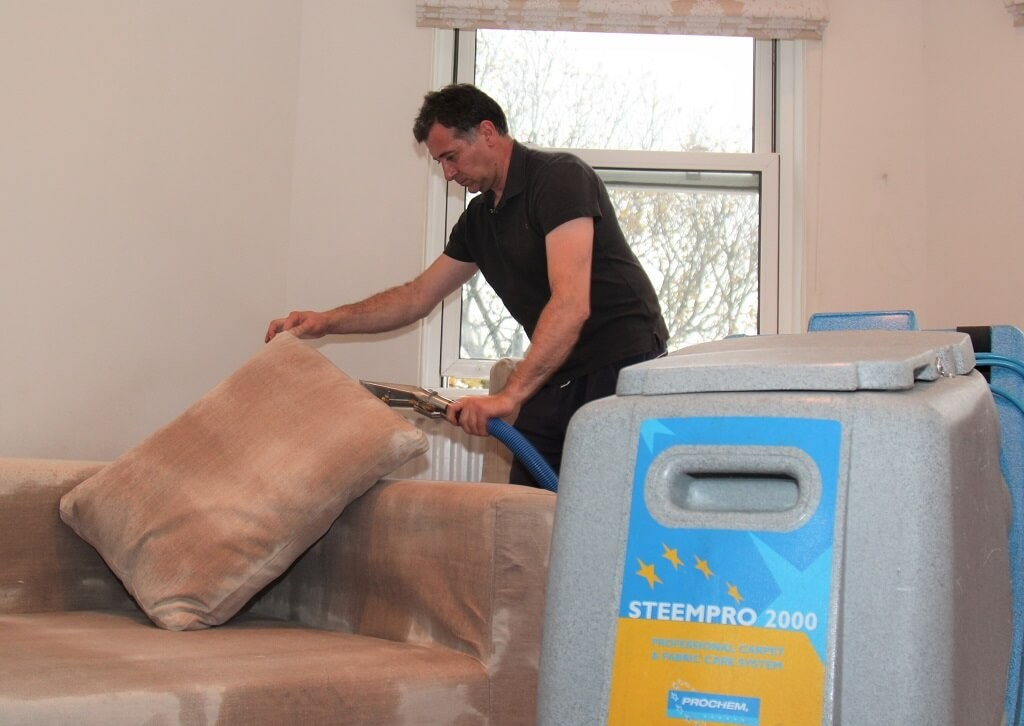 leather and suede sofas cleaning care
