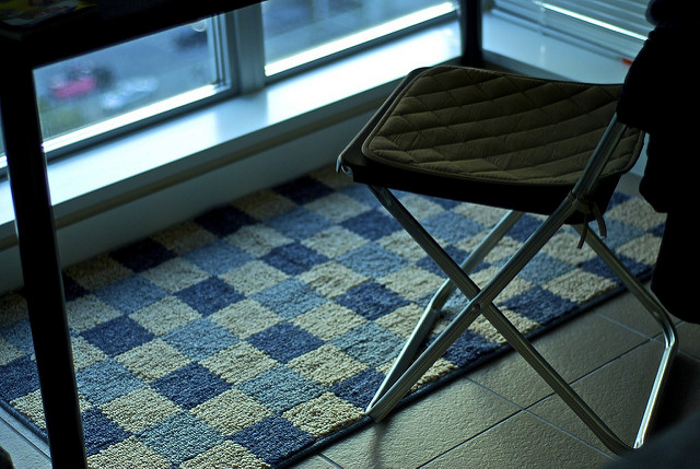 Area rugs can also be treated with this deep cleaning method. Photo: Flickr